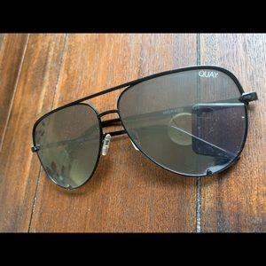 Quay high key black sunglasses